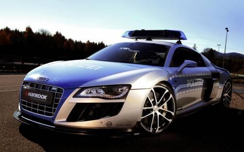 Полицейская Ауди, автомобиль