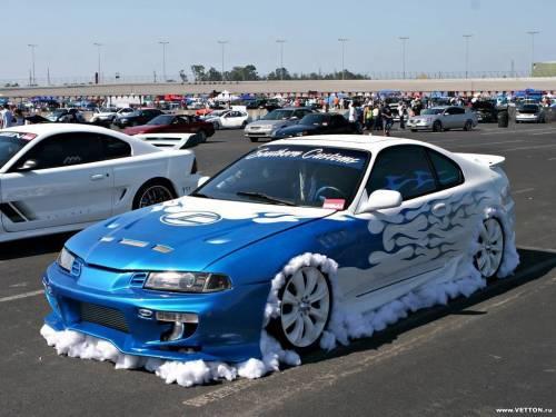 Тюнинг, авто синего цвета