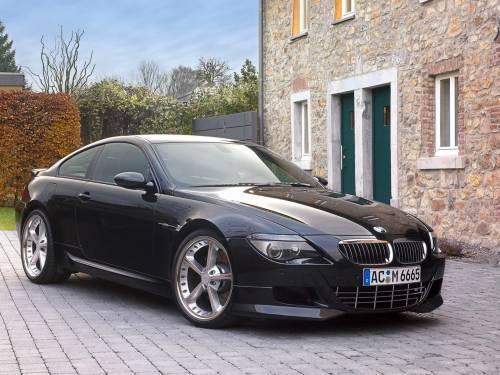 Чёрная BMW