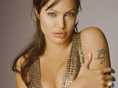 Angelina Jolie, Анжелина Джоли, взгляд, тату драко