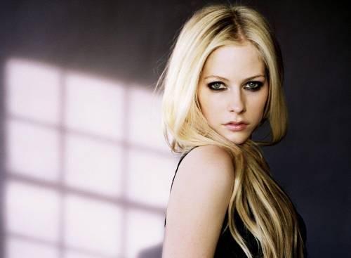 Аврил Лавин, певица, Avril Lavigne, взгляд, блонди