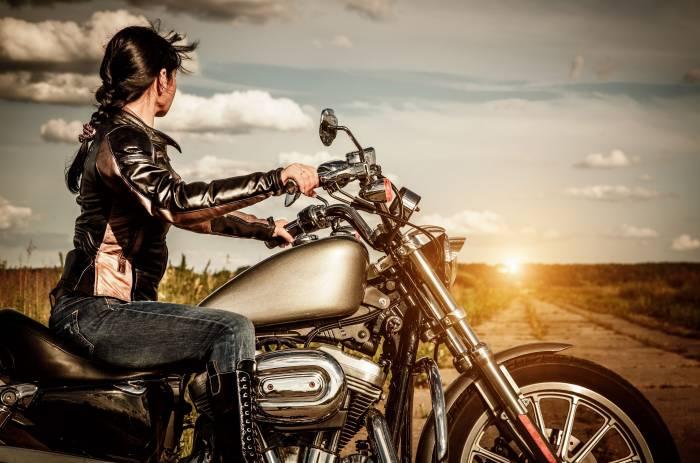 Девушка, мотоцикл, брюнетка, байк, girl, brunette