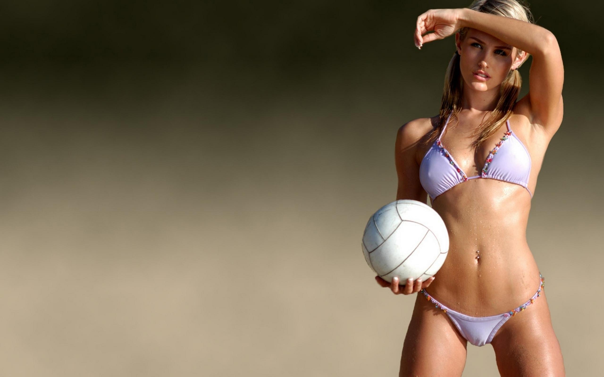 Фото спортивная женская грудь 1 фотография