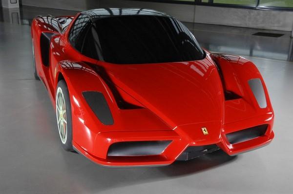 фото Ferrari F70